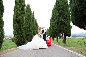 fd5047ca443c Ecco le felici testimonianze di chi ha già firmato il giorno più bello con  l abito da sposa e il vestito per sposo scelti con la consulenza e  l esperienza ...