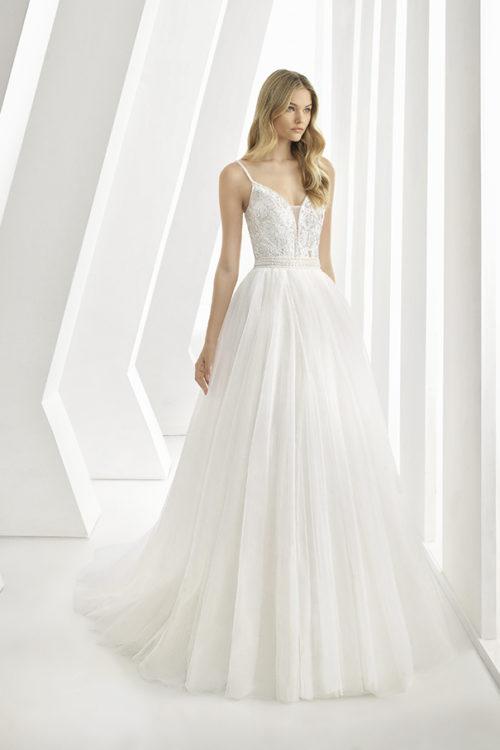 nuove varietà nuovo stile di carino e colorato 04 - Rosa Clarà: collezione 2019 abiti e vestiti da sposa ...