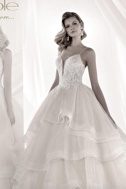 02 - Luxuri by Nicole: collezione 2019 abiti e vestiti da sposa