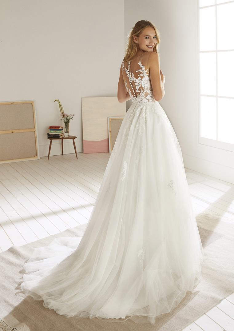 Vestiti Da Sposa Verona.Oropesa Mariages It Abiti Sposa E Sposo Collezione 2020