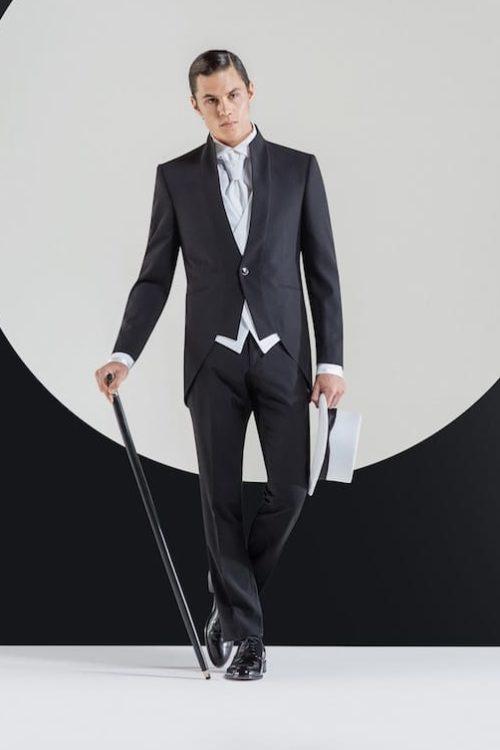 Andrea Versali: collezione 2019 vestiti da sposo.