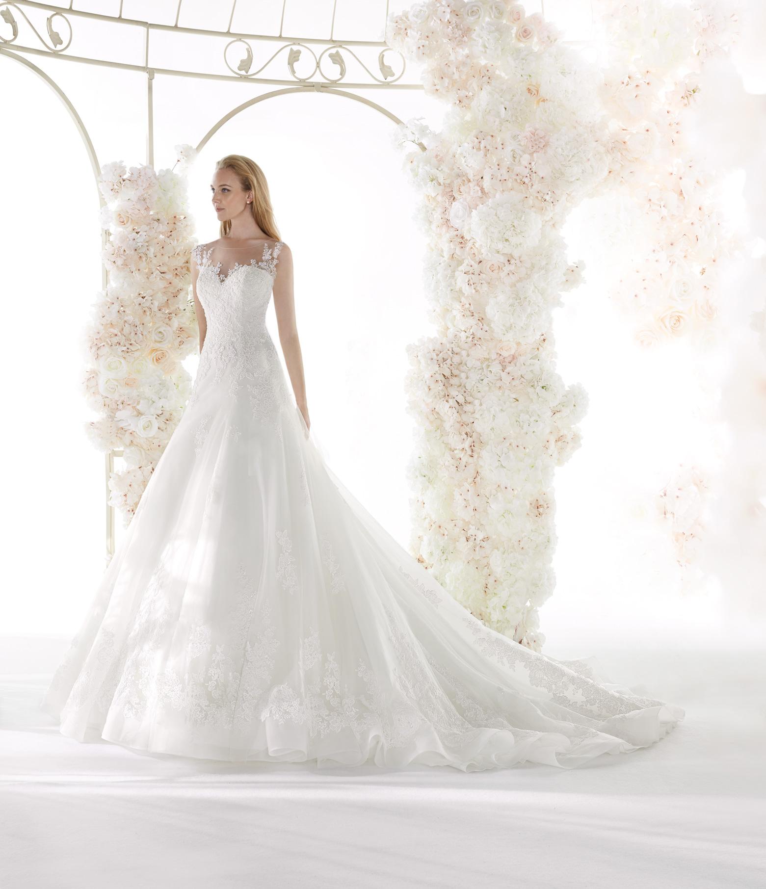 Abiti Da Sposa Vita Bassa.Abito Da Sposa Colet 2020 Coa20321 Mariages It Abiti Sposa E