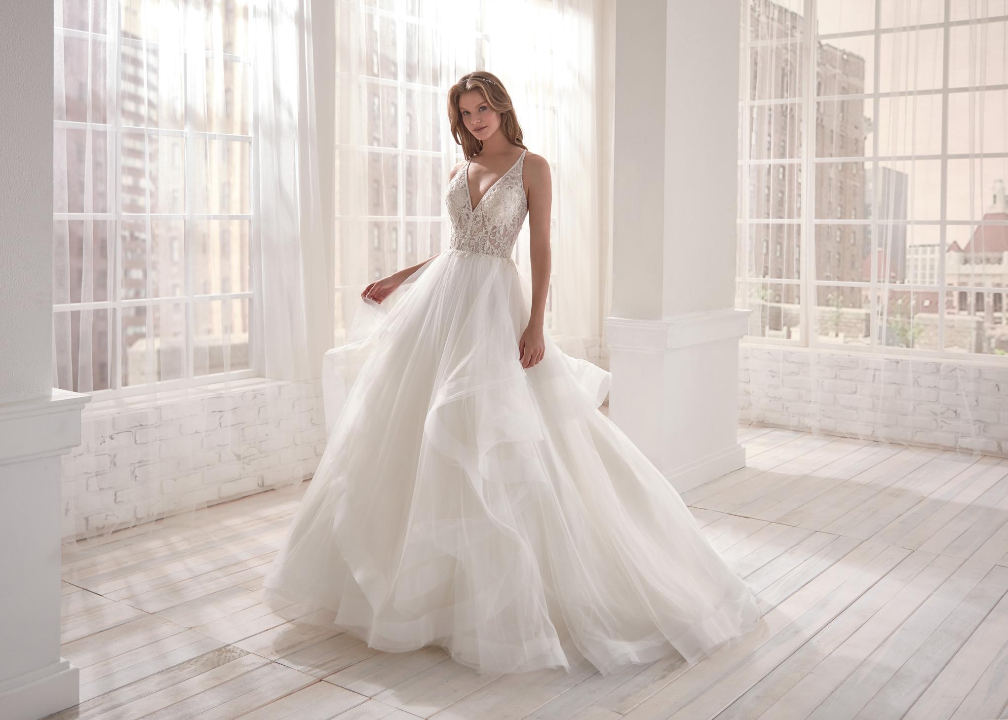 Vestiti Da Sposa Jolies.Abito Da Sposa Jolies 2020 Joa20661 Mariages It Abiti Sposa