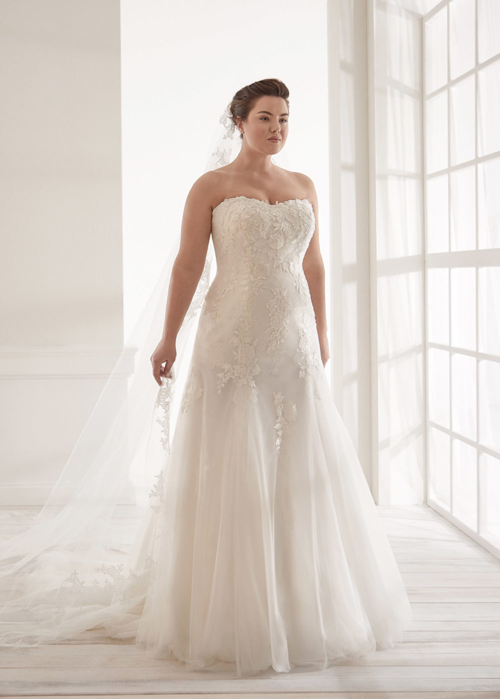 Mariages: abito da sposa Curvy 2020 a Vicenza, Verona, Padova, Veneto CVA20091