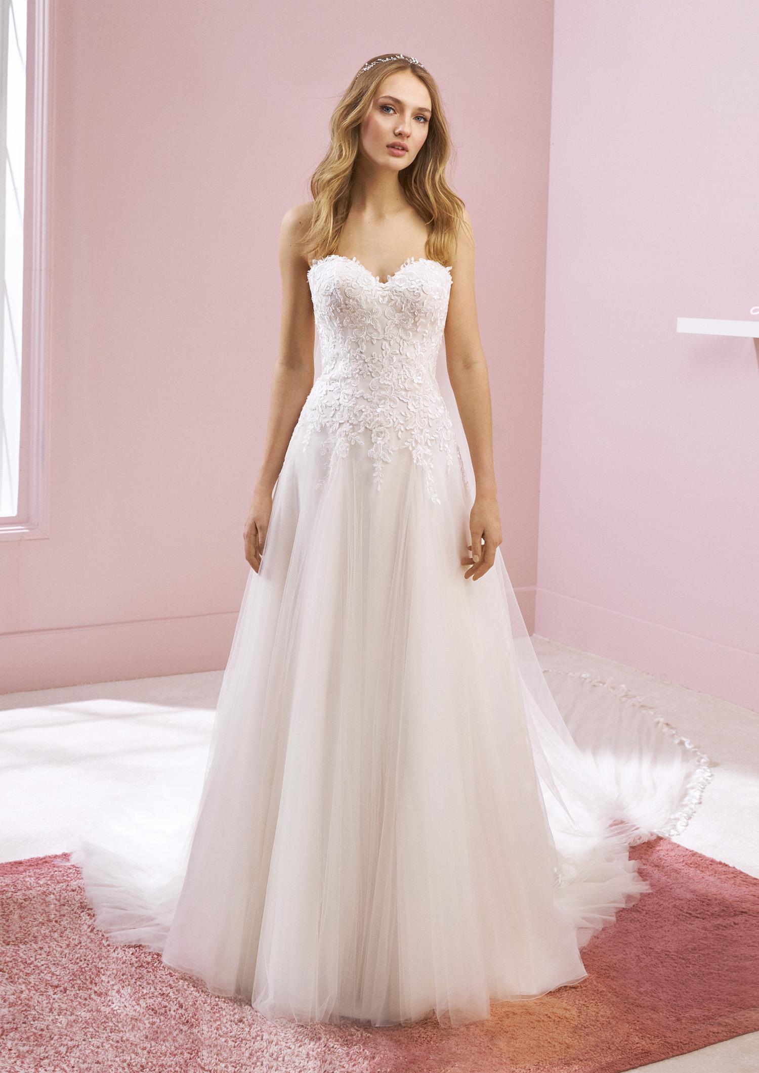 Vestiti Eleganti Vicenza.Abito Da Sposa Poeme 2020 Kelsey Mariages It Abiti Sposa E