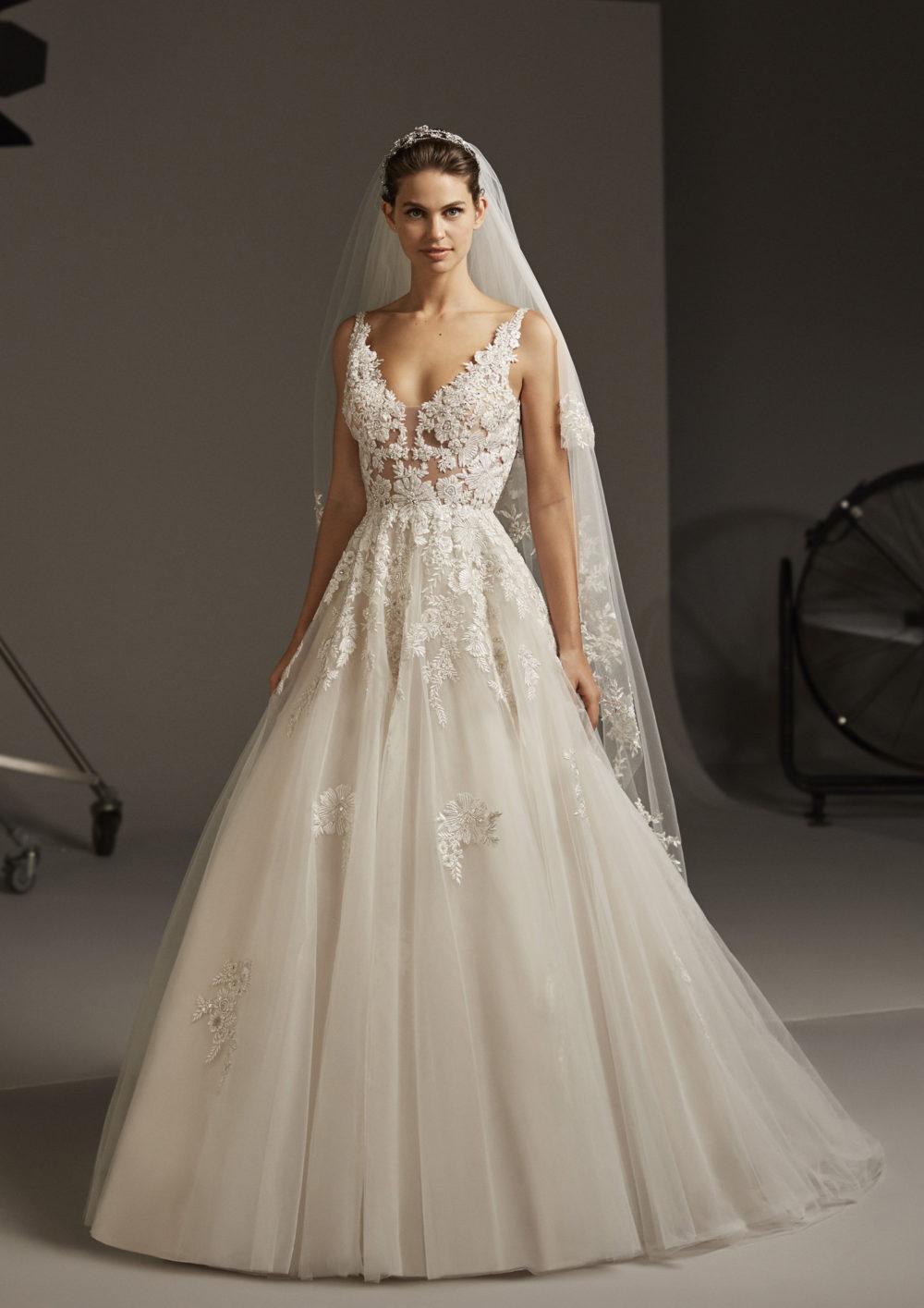 Mariages: abito da sposa Pronovias 2020 a Vicenza, Verona, Padova, Veneto ARIEL
