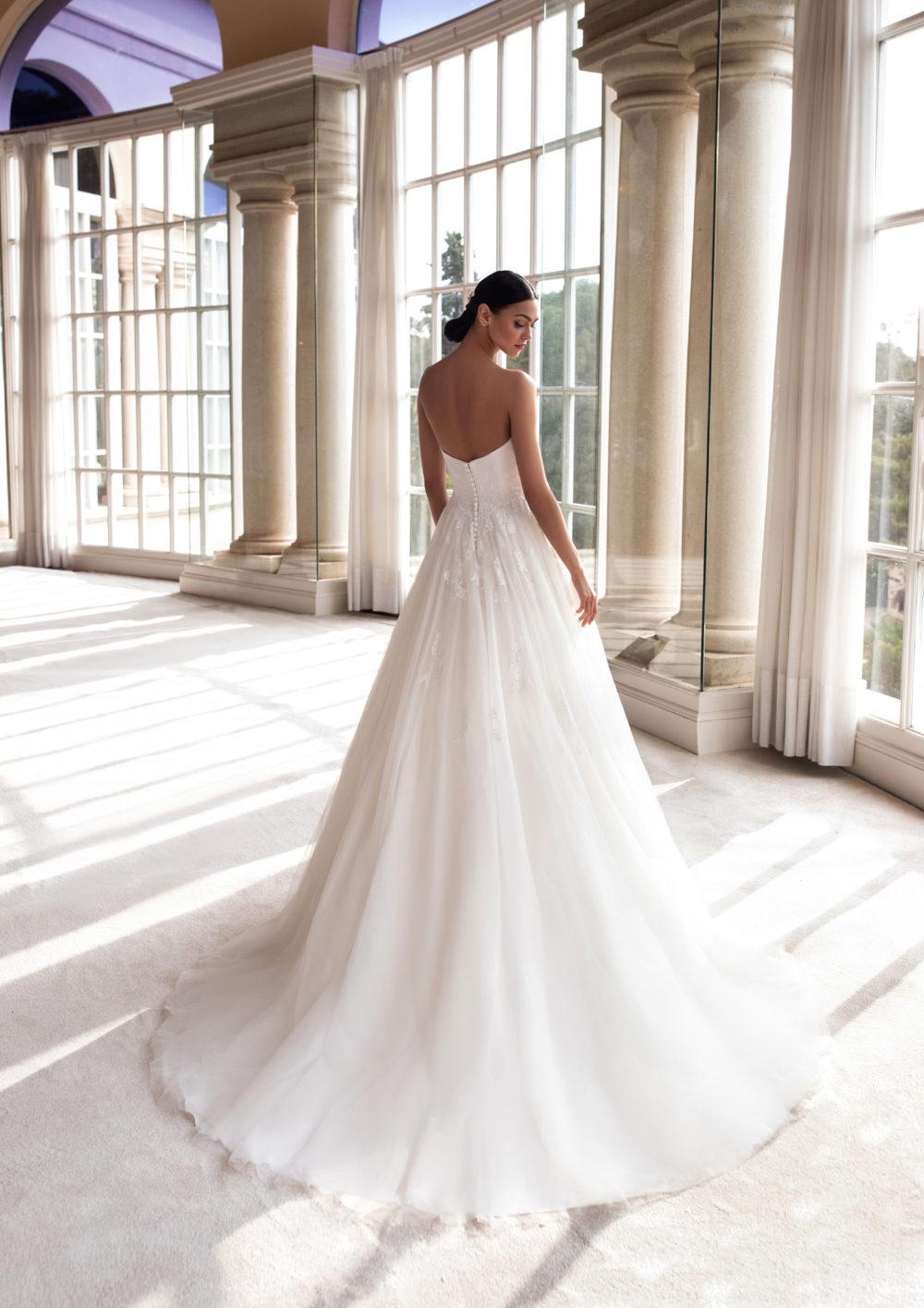 Mariages: abito da sposa Pronovias 2020 a Vicenza, Verona, Padova, Veneto CYLLENE