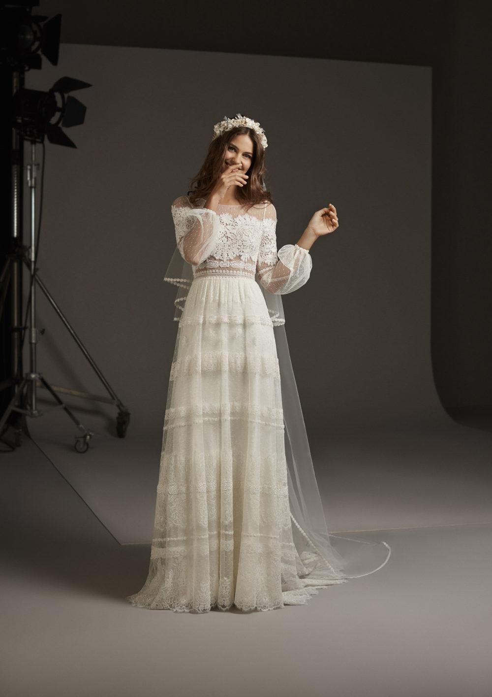Mariages: abito da sposa Pronovias 2020 a Vicenza, Verona, Padova, Veneto DELPHINE