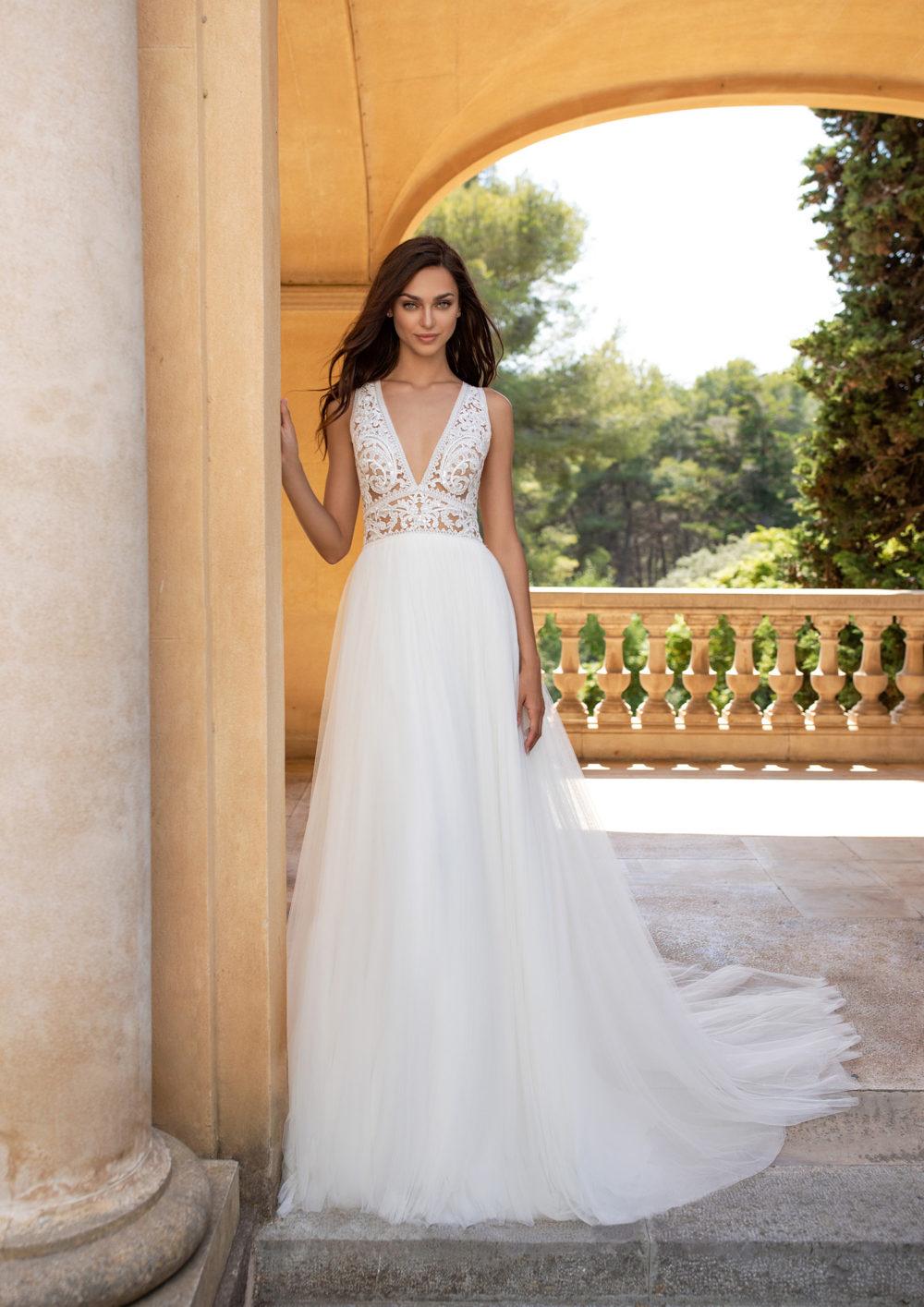 Mariages: abito da sposa Pronovias 2020 a Vicenza, Verona, Padova, Veneto ESPIGA