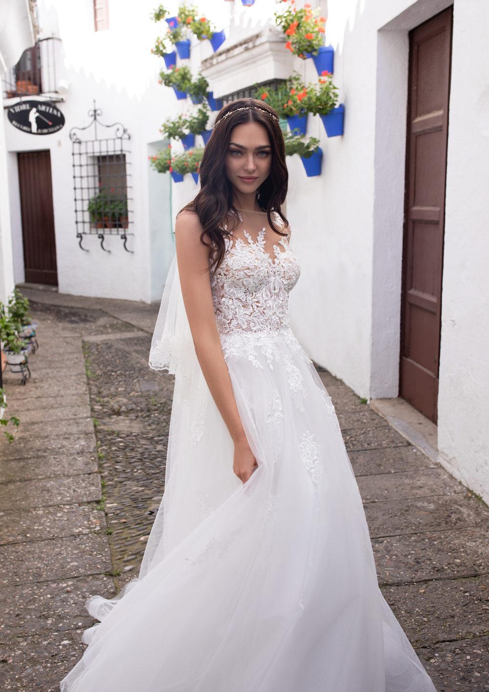 Mariages: abito da sposa Pronovias 2020 a Vicenza, Verona, Padova, Veneto GANYMEDE