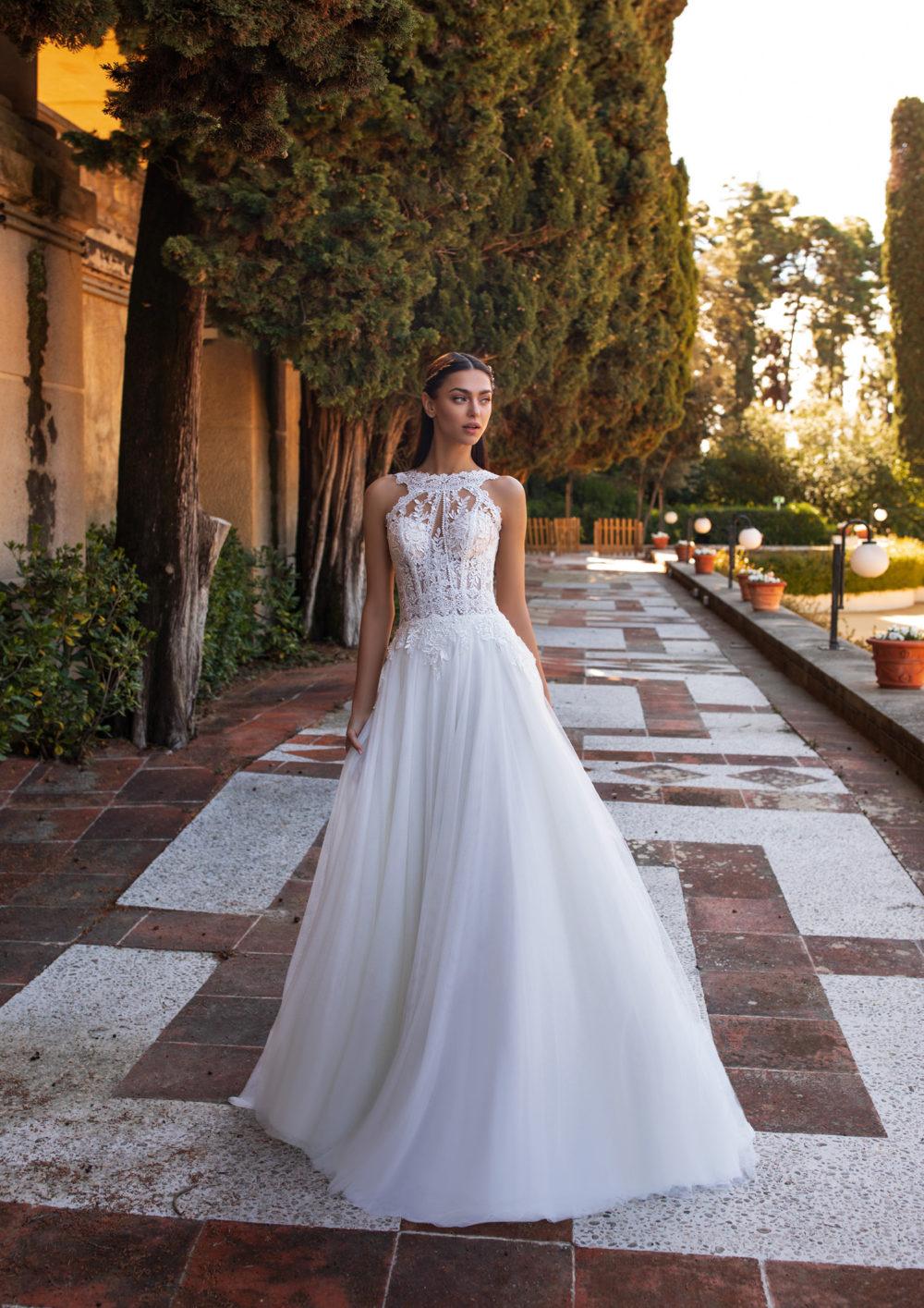 Mariages: abito da sposa Pronovias 2020 a Vicenza, Verona, Padova, Veneto HIMALIA