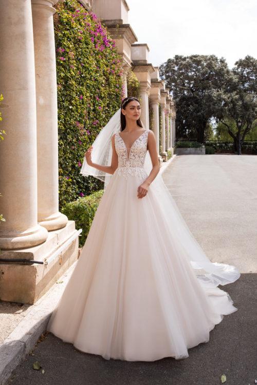 Mariages: abito da sposa Pronovias 2020 a Vicenza, Verona, Padova, Veneto KERBEROS