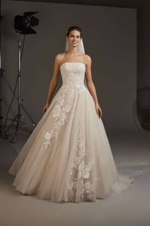 Mariages: abito da sposa Pronovias 2020 a Vicenza, Verona, Padova, Veneto LYNX