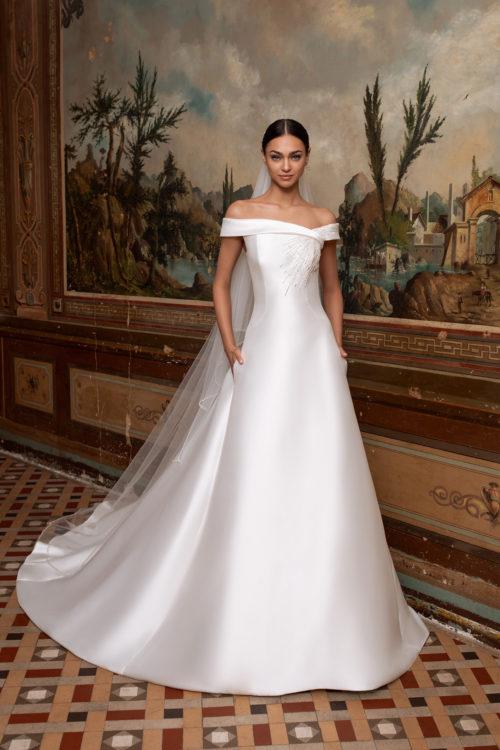 Mariages: abito da sposa Pronovias 2020 a Vicenza, Verona, Padova, Veneto TUCANA