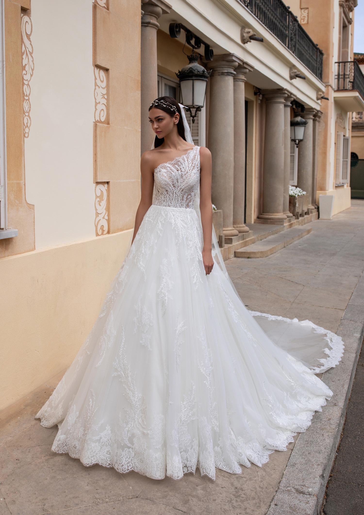 Vestiti Cerimonia Vicenza.Abito Da Sposa Pronovias 2020 Varda Mariages It Abiti Sposa