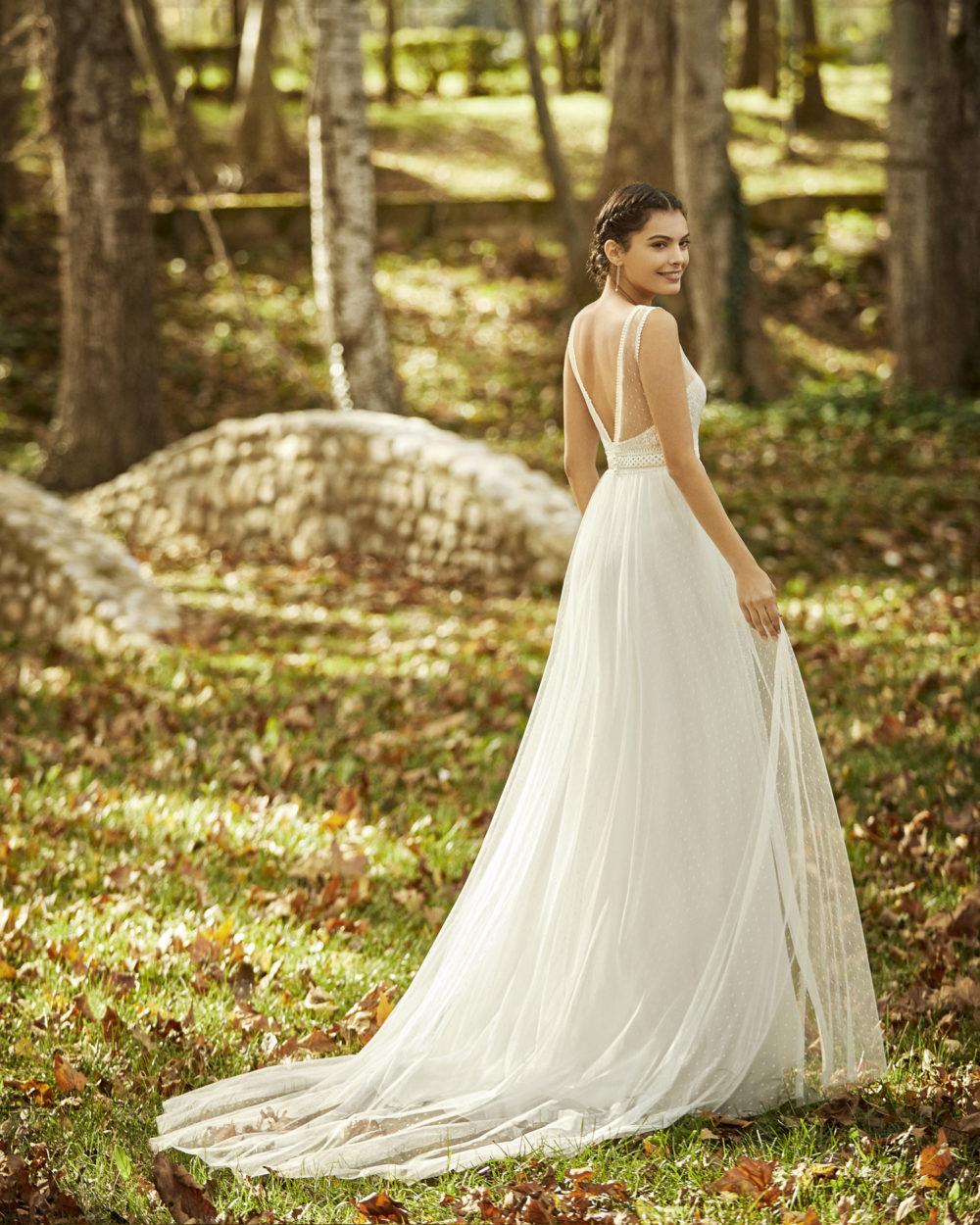 Mariages: abito da sposa Rosa Clarà 2020 a Vicenza, Verona, Padova, Veneto 4B115 OCEANIA