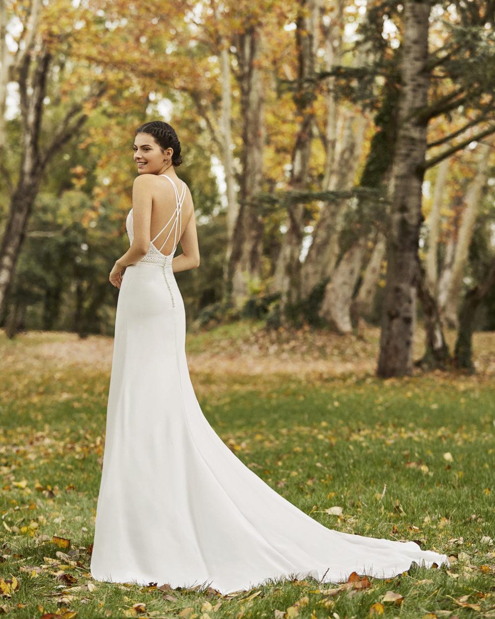 Mariages: abito da sposa Rosa Clarà 2020 a Vicenza, Verona, Padova, Veneto 4B120 OCRE