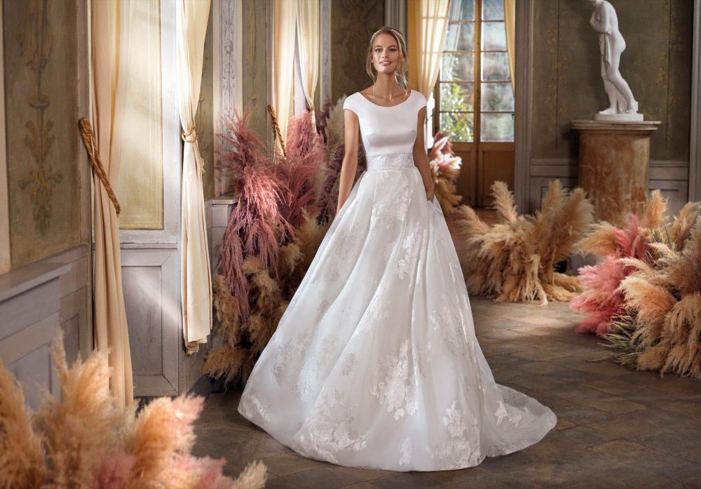 Mariages: abito da sposa Colet 2021 a Vicenza, Verona, Padova, Veneto CO12107
