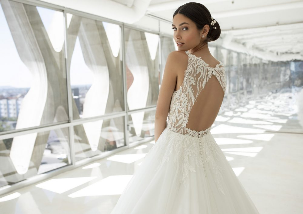 Mariages: abito da sposa Pronovias 2021 a Vicenza, Verona, Padova, Veneto POWELL