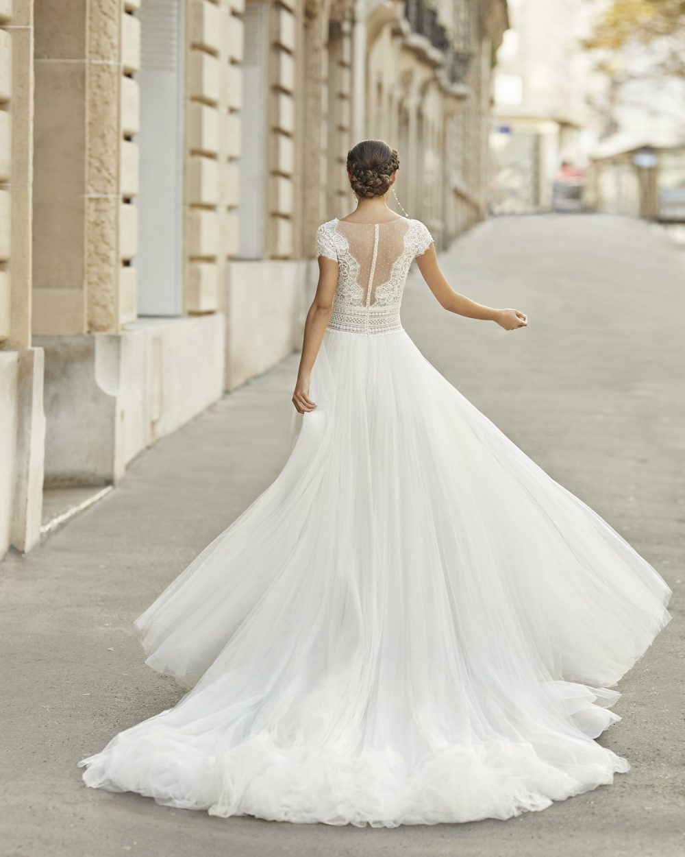 Mariages: abito da sposa Rosa Clarà 2021 a Vicenza, Verona, Padova, Veneto 5A151 TESALIA