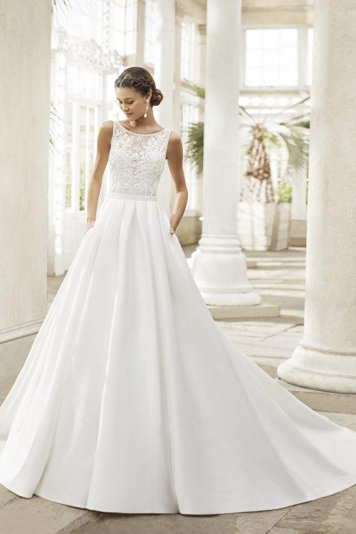 Mariages: abito da sposa Rosa Clarà 2021 a Vicenza, Verona, Padova, Veneto 5A175 TORONTO
