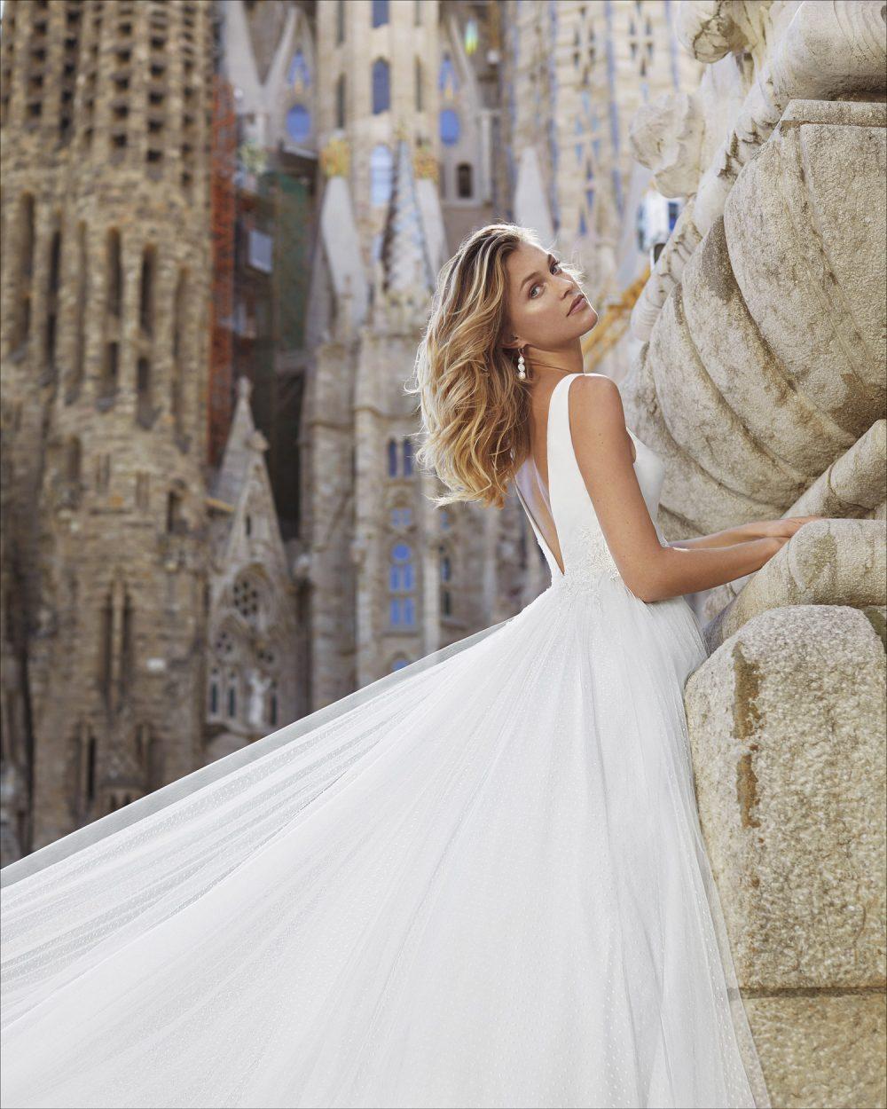 Mariages: abito da sposa Rosa Clarà 2021 a Vicenza, Verona, Padova, Veneto 5S140 YEKARA
