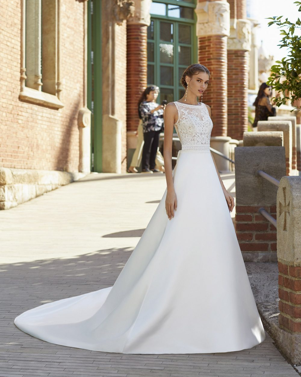 Mariages: abito da sposa Rosa Clarà 2021 a Vicenza, Verona, Padova, Veneto 5S159 YUKA