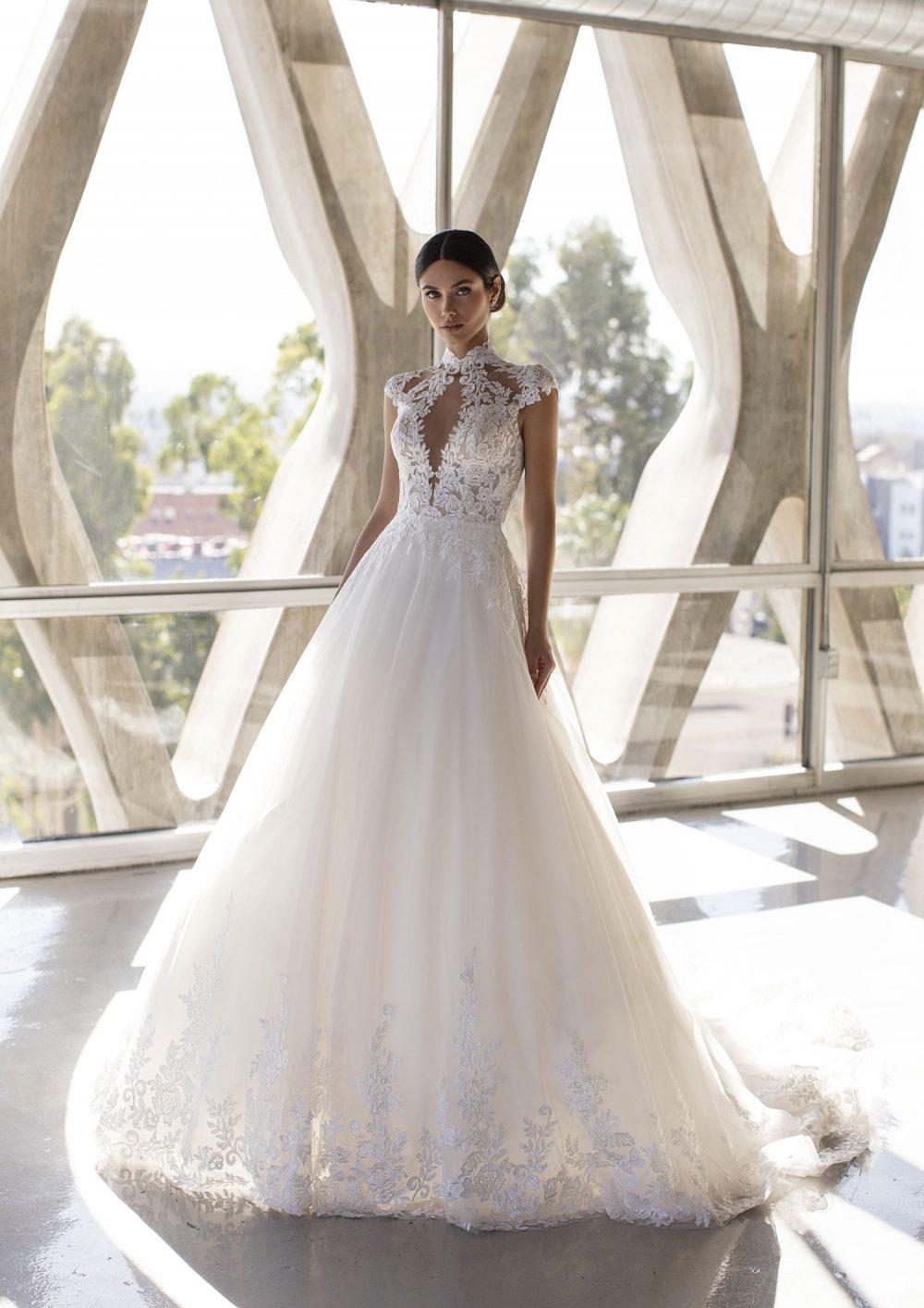 Mariages: abito da sposa Pronovias 2021 a Vicenza, Verona, Padova, Veneto BLYTH