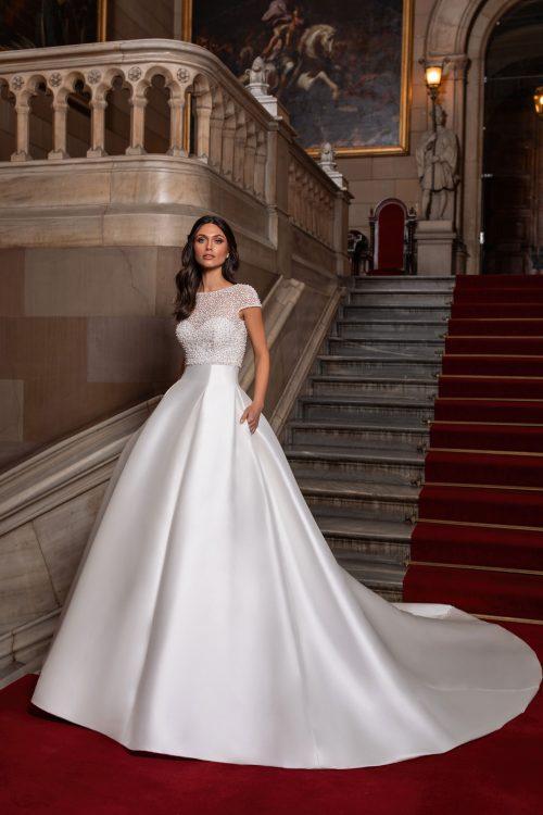 Mariages: abito da sposa Pronovias 2021 a Vicenza, Verona, Padova, Veneto CLOSE