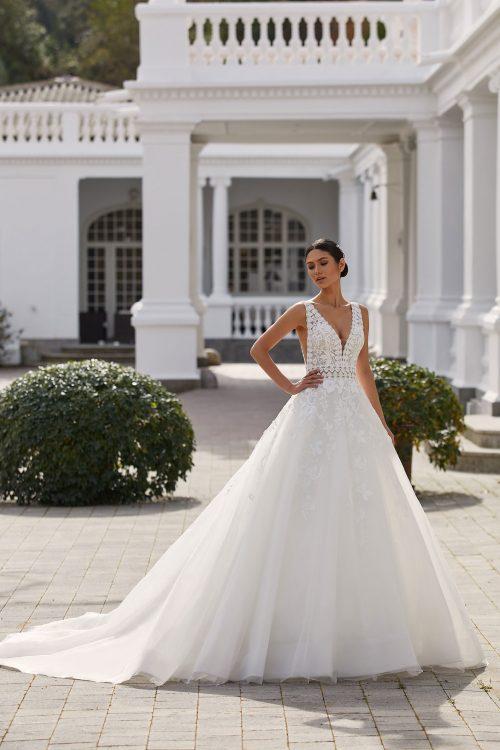 Mariages: abito da sposa Pronovias 2021 a Vicenza, Verona, Padova, Veneto ELIA