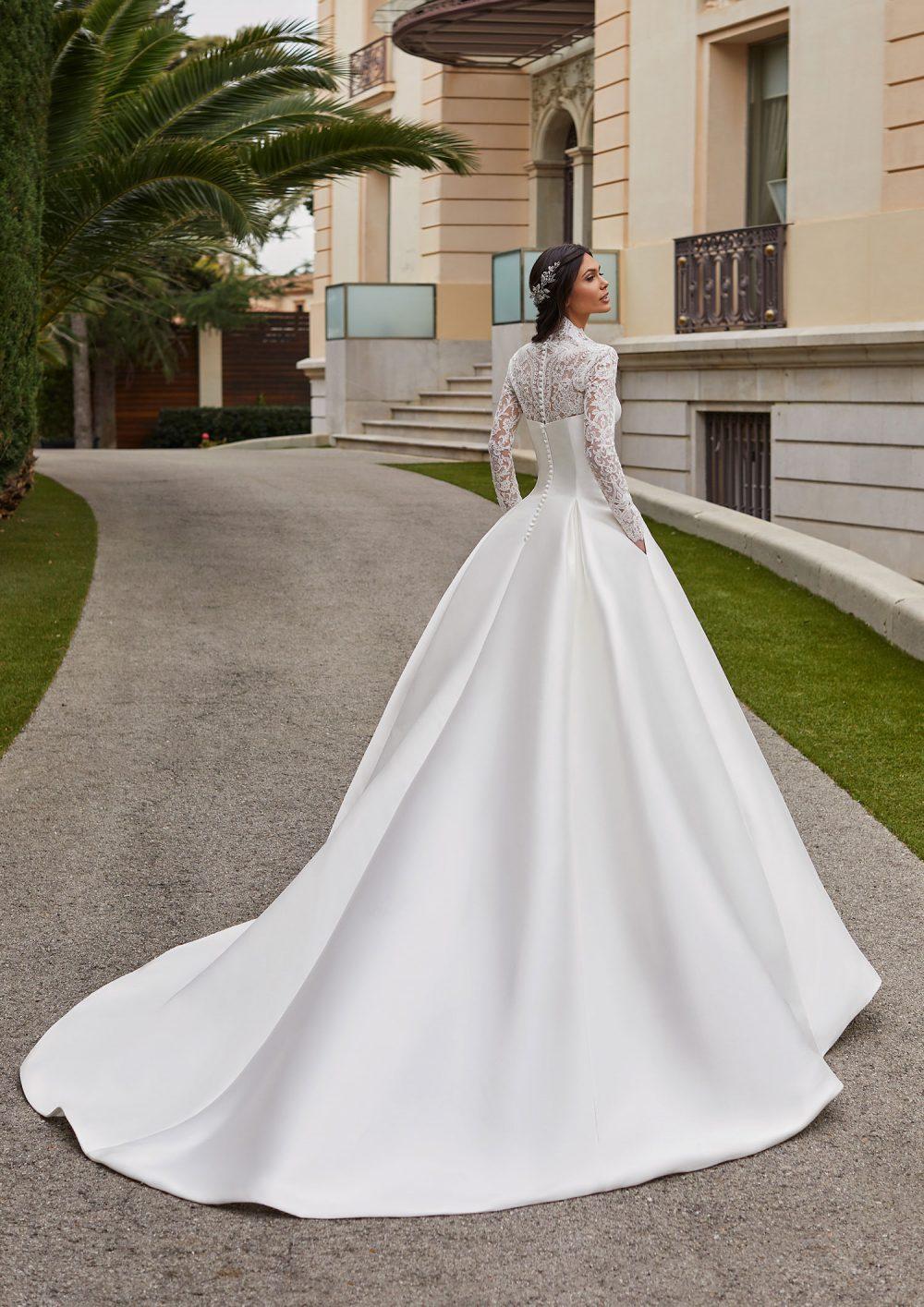 Mariages: abito da sposa Pronovias 2021 a Vicenza, Verona, Padova, Veneto JORY