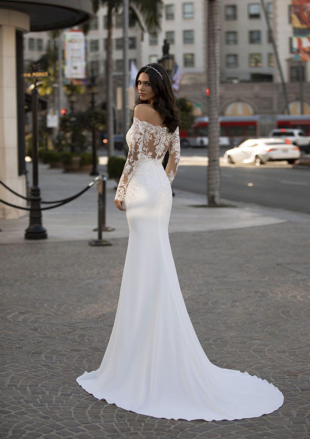 Mariages: abito da sposa Pronovias 2021 a Vicenza, Verona, Padova, Veneto WINTERS