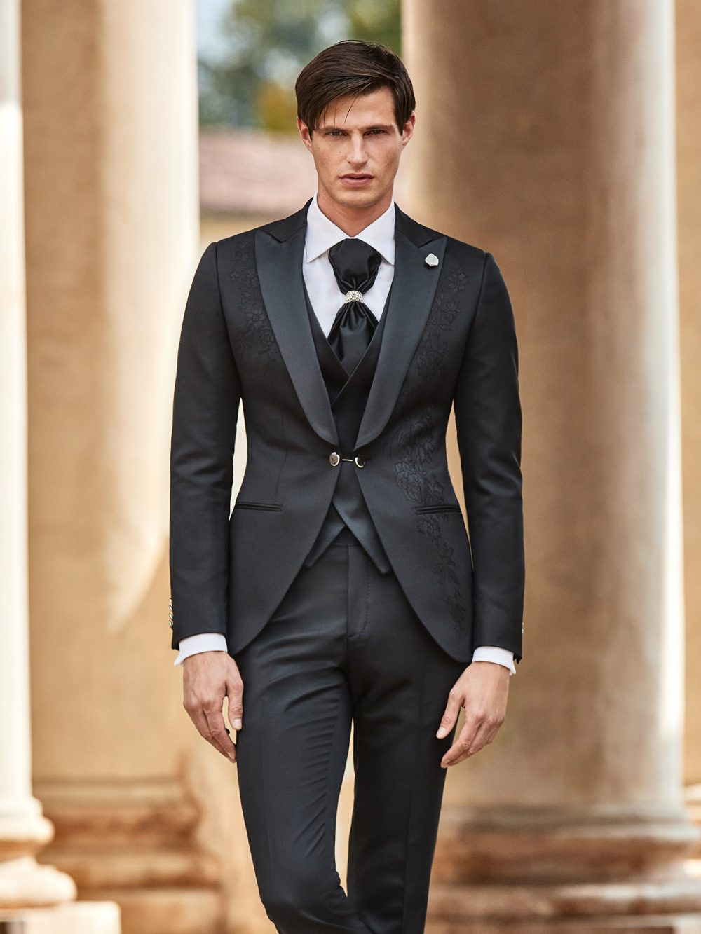 Abito vestito da sposo Lubiam 2021 a Vicenza 9