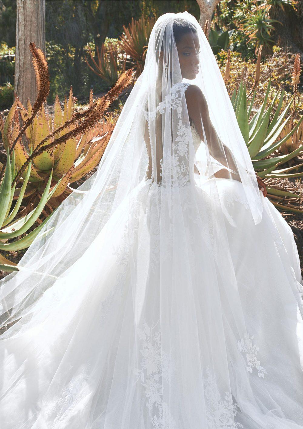 Pronovias 2022 abito vestito sposa Vicenza BOREALIS