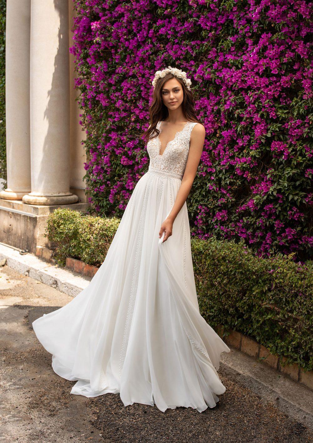 Pronovias 2022 abito vestito sposa Vicenza EFIGIE