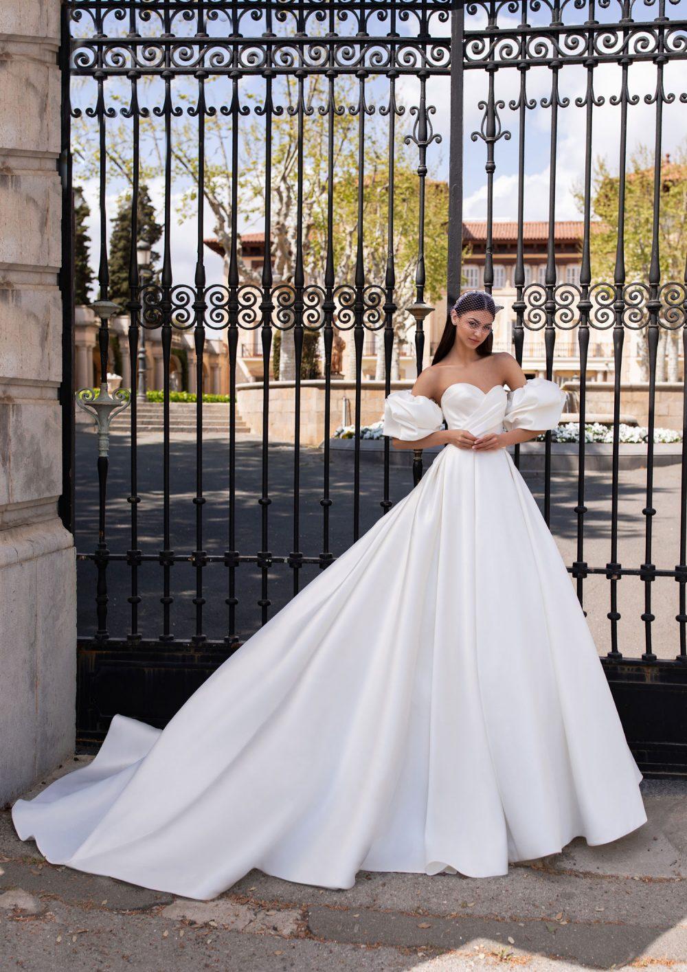 Pronovias 2022 abito vestito sposa Vicenza IXION