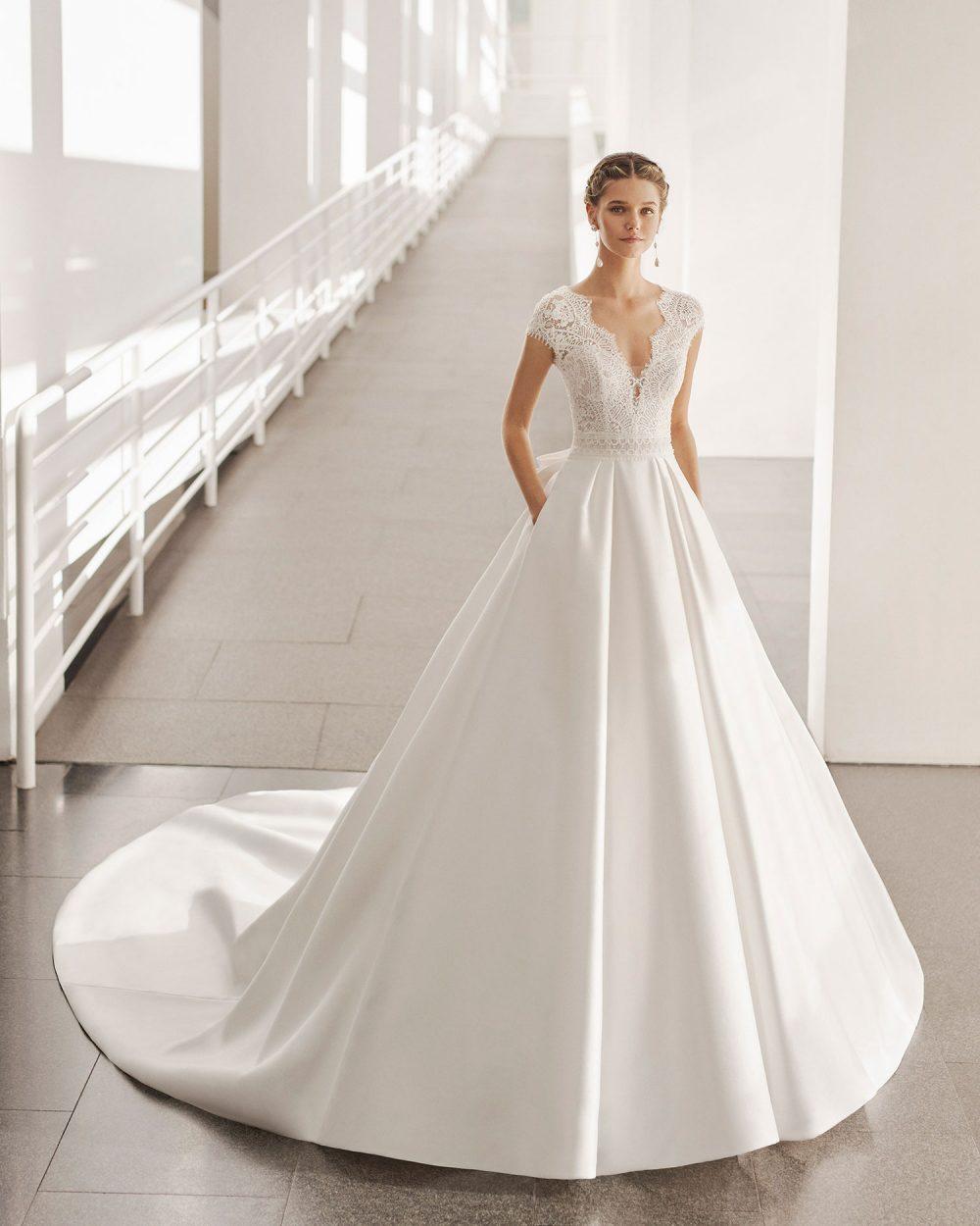 Rosa Clarà 2022 abito vestito sposa Vicenza NUBE