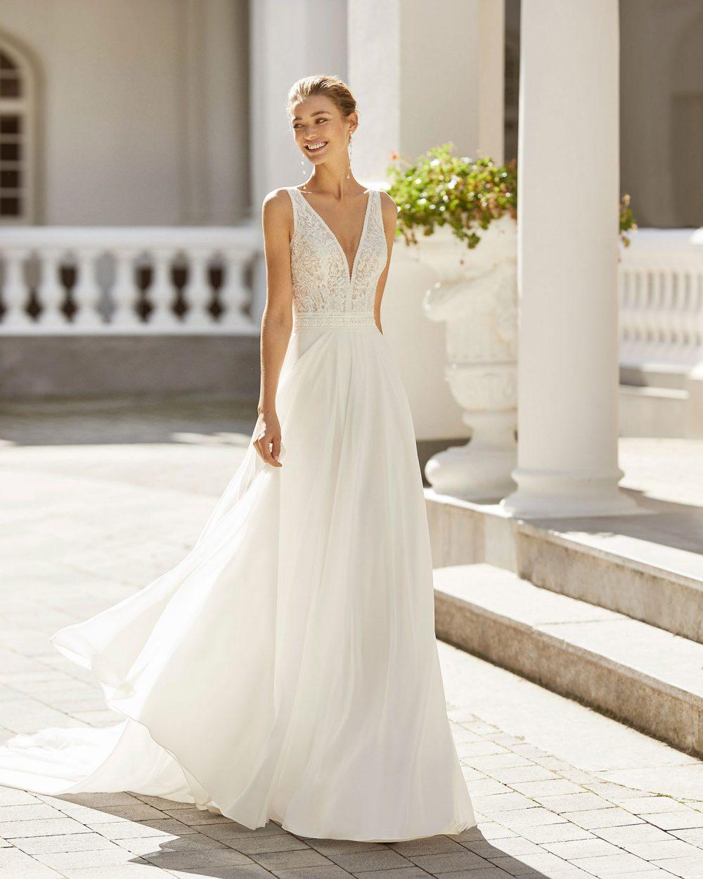 Rosa Clarà 2022 abito vestito sposa Vicenza SAIGON