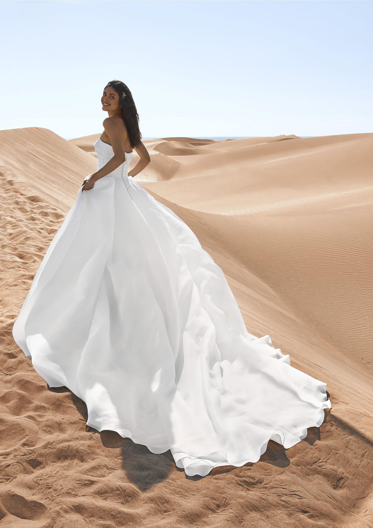 Pronovias 2022 abito vestito sposa Vicenza GEIRANGER